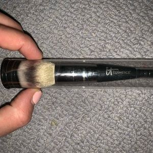Heavenly Luxe Complexion Perfection Brush #7